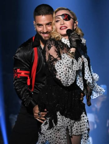 Madonna performs Medellín at the 2019 Billboard Music Awards - 1 May 2019 - Pictures (5)