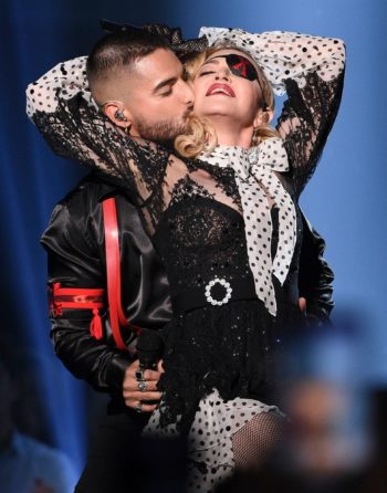 Madonna performs Medellín at the 2019 Billboard Music Awards  - 1 May 2019 - Pictures 21
