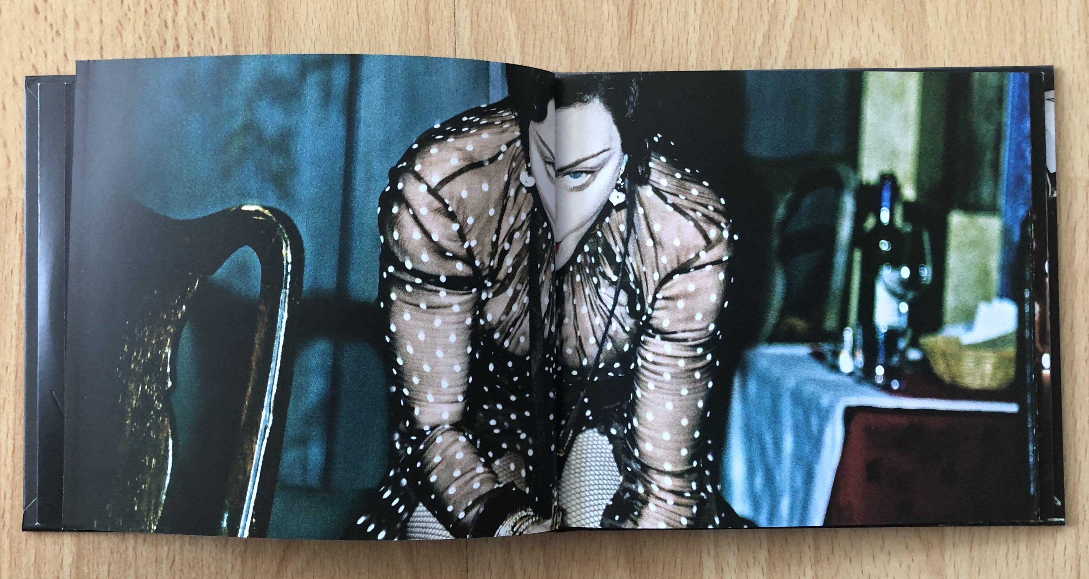 20190613-pictures-madonna-madame-x-boxset-booklet-06.jpeg