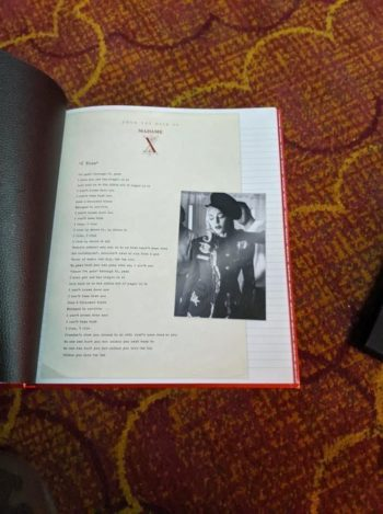 Madame X VIP Tour Gift Book (4)