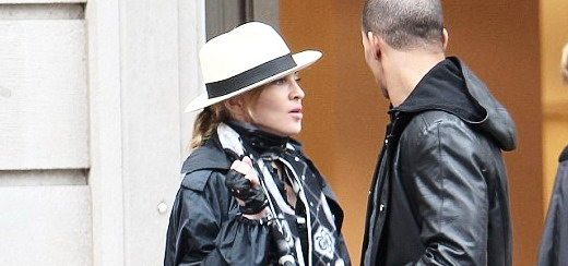 Madonna out and about, New York [24 May 2012 - Pictures & Video]