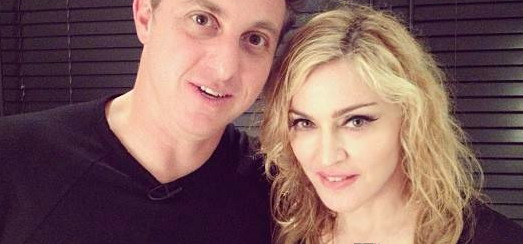 Madonna interview by Luciano Huck [MP4 – 89MB]