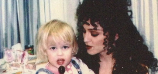"""Rare Madonna picture on the set of """"Shadows and Fog"""""""