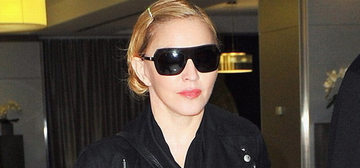 Madonna arrives at JFK airport, New York [14 October 2013 - Pictures]