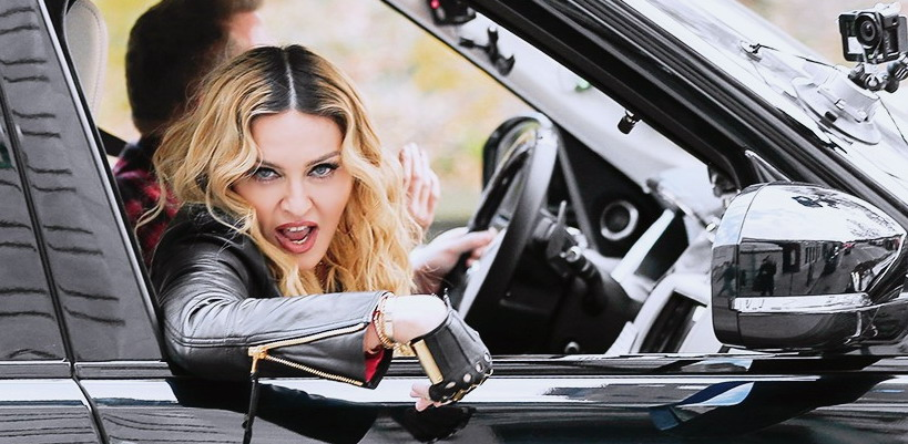 "Madonna shooting ""Carpool Karaoke"" video with James Corden, New York [16 November 2016 - Pictures & Video]"
