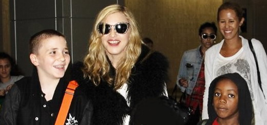 Madonna at JFK airport, New York [4 Sept 2011 - HQ Pictures]