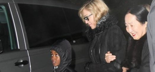 Madonna visits the Grand Chalet in Rossinière [2 January 2012 – Pictures]