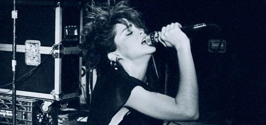 Concours «Recherche Look 80′s Désespérement» – Gagnez une photo rare de Madonna