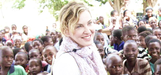 Madonna visite Chorwe, Mchinji et Blantyre au Malawi [Avril 2013 – Pictures]