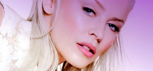 Kylie Minogue : J'admire Madonna, elle est géniale !