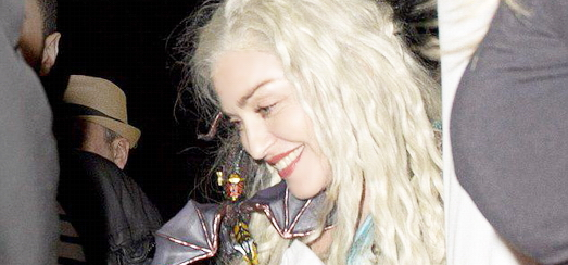 Madonna en Daenerys Targaryen de Game of Thrones pour Pourim [15 Mars 2014 - Photos]