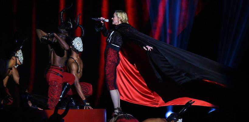 Giorgio Armani juge Madonna responsable de sa chute durant les BRIT Awards
