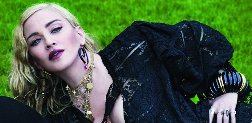 Madonna par Mert Alas & Marcus Piggott pour Vogue Italia [août 2018]