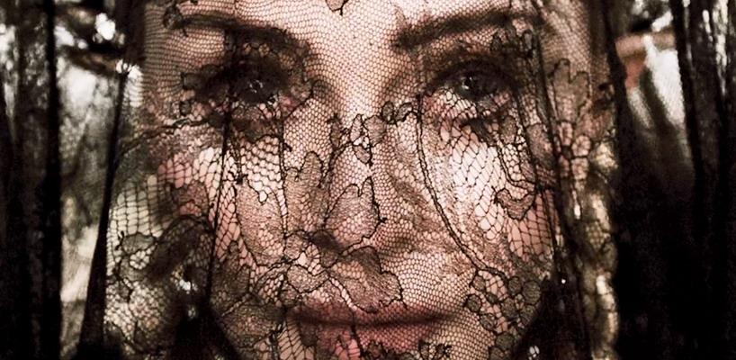 «Dark Ballet» Vidéo officielle du nouveau titre de Madonna