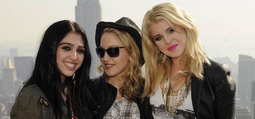 Material Girl et Macy's lancent la campagne Back-To-School 2011