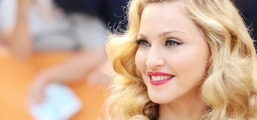 Le dîner du TIFF : Une Madonna «Charmante et magnifique» prête à lancer son nouveau parfum «Truth or Dare»
