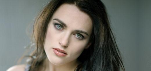 Katie McGrath : Faire partie du film de Madonna c'était comme gagner au Loto