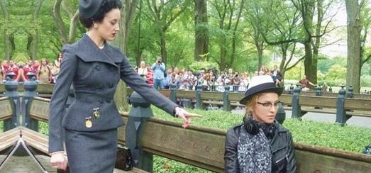 L'article «Gowns, Jewels, Glamour! On set with Madonna» de W Magazine [Novembre 2011]