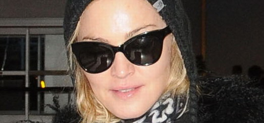 Madonna à l'aéroport de JFK, New York [23 décembre 2011 – photos]