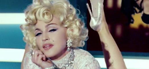 Arianne Phillips révèle les choix de garde-robe pour la vidéo de «Give Me All Your Luvin'»