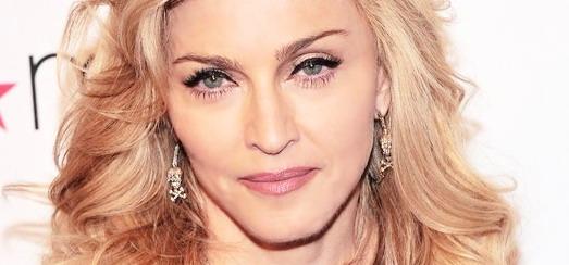 Lancement de «Truth or Dare by Madonna» – Les questions et la vidéo !