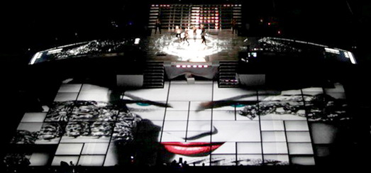Moment Factory sur le MDNA World Tour 2012