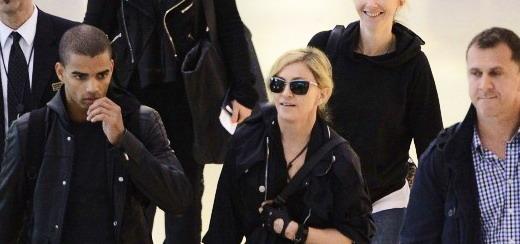 Madonna à l'aéroport de JFK, New York [24 mai 2012 – Photos]