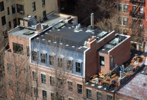news-madonna-in-short-mansion-new-york-upper-east-side