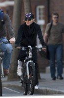 Madonna out and about in London - April 9th 2011 (8)