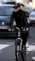 Madonna out and about in London - April 9th 2011 (11)