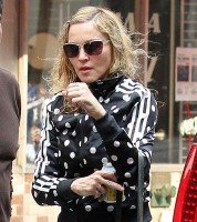 Madonna out and about in New York, 14 September 2011 (2)