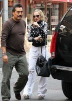 Madonna out and about in New York, 14 September 2011 (3)