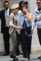 Madonna at the Kabbalah Centre in New York, 24 Septembre 2011 - Update 01 (3)