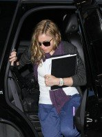 Madonna out and about in New York, 17 October 2011 (2)
