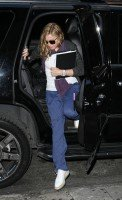 Madonna out and about in New York, 17 October 2011 (3)