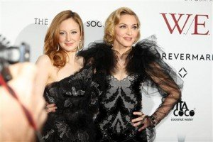 Madonna at the WE premiere at the Ziegfeld Theater, New York - 23 January 2012 - Update 1 (11)