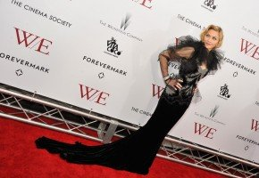 Madonna at the WE premiere at the Ziegfeld Theater, New York - 23 January 2012 - Update 2 (2)