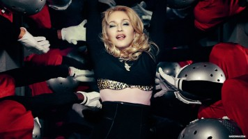 Madonna Official Super Bowl and Give me all your luvin pictures (2)
