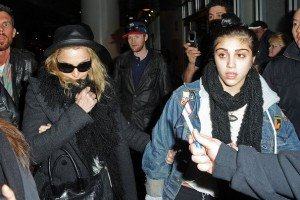 Madonna and Lourdes at JFK airport, 21 February 2012 - Update 3 (11)