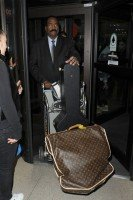 Madonna and Lourdes at JFK airport, 21 February 2012 - Update 3 (17)
