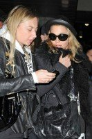 Madonna and Lourdes at JFK airport, 21 February 2012 - Update 3 (23)