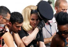 On the set of Turn up the Radio - Florence - Madonna (1)