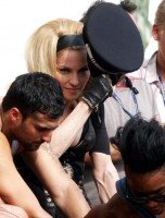 On the set of Turn up the Radio - Florence - Madonna (7)