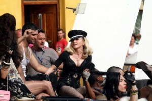 On the set of Turn up the Radio - Florence - Madonna (10)