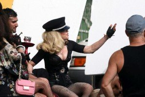 Madonna on the set of Turn up the Radio - 18 June 2012 - Part 3 (7)