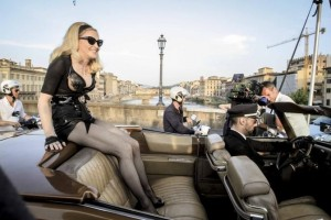 On the set of Turn up the Radio - Madonna - Florence - 19 June 2012 (4)