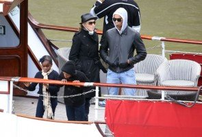Madonna out and about in Paris - 16 July 2012 (4)