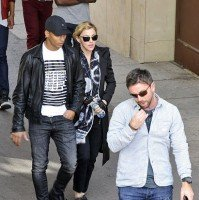 Madonna visits the Leopold Museum, Vienna - 30 July 2012 (4)