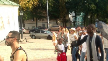 Madonna out and about in Kiev - 3 August 2012 (3)