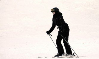 Madonna skiing in Gstaad, Switzerland (10)